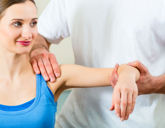 Read more about the article Rotator Cuff & Frozen Shoulder Causes & Best Treatment