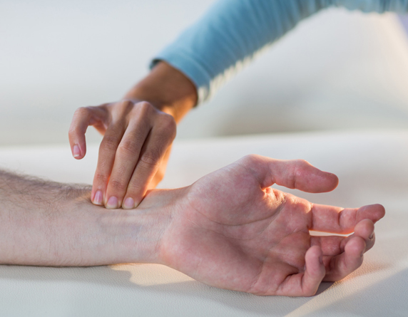 Read more about the article Carpal Tunnel Syndrome Diagnosis & Treatment In Malaysia