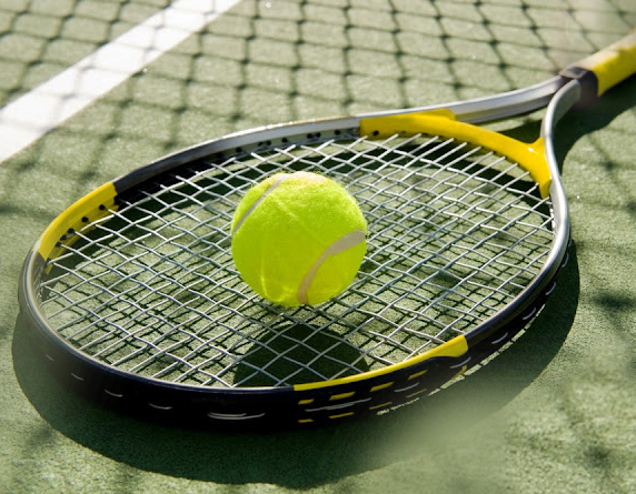 Read more about the article Get Suitable Tennis Racquets To Avoid Tennis Elbow Pain