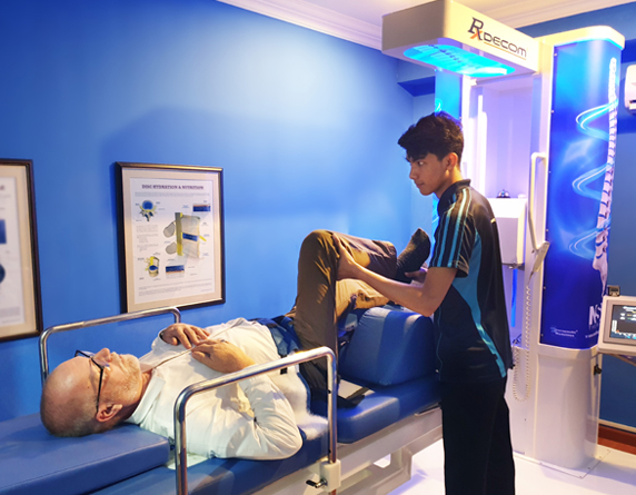 Read more about the article Back Pain And Slip-Disc Therapy Without Surgery In Malaysia